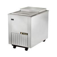 TRUE TMW-36F-QT Meat Well freezer, one top